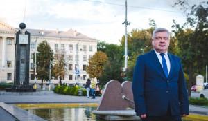 Зотов и город-1